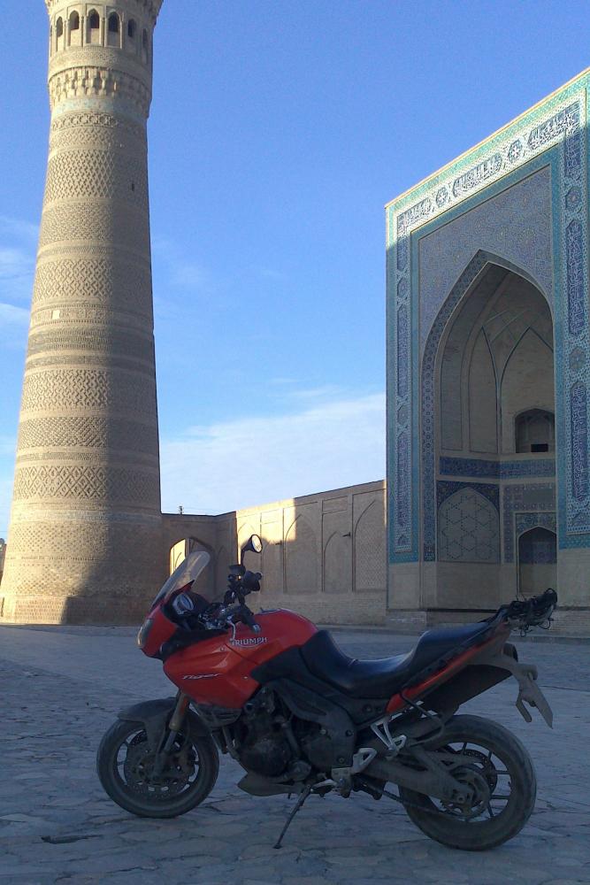 Средняя Азия на Triumph Tiger 1050