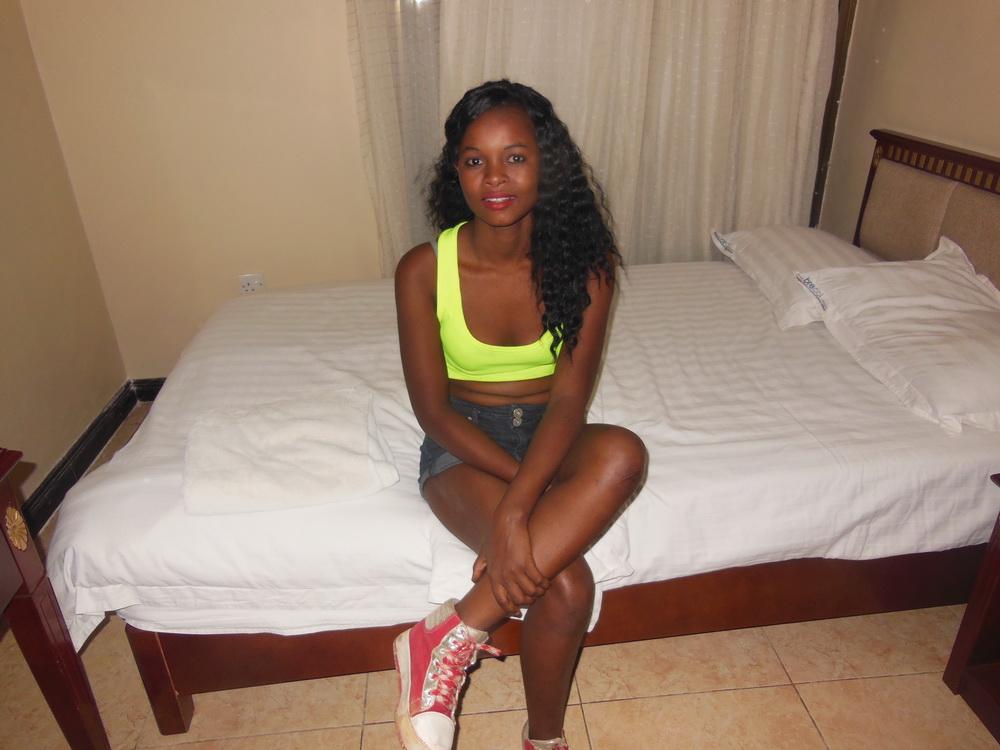 Проститутки в танзании проститутки тюмень дешево