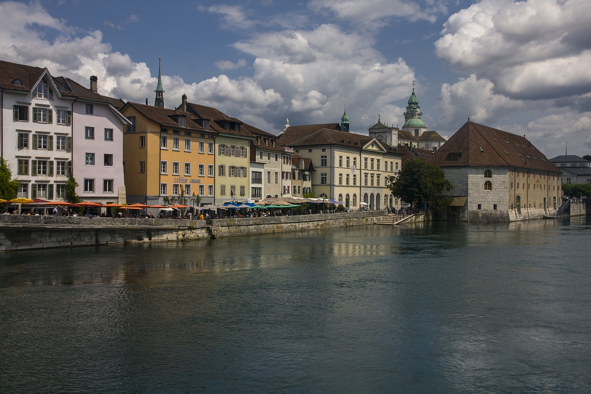 Малоснежное лето в горах Швейцарии . Июль 19 года.