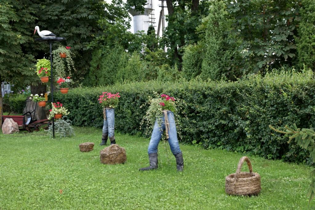 Как приукрасить садовый участок своими руками фото