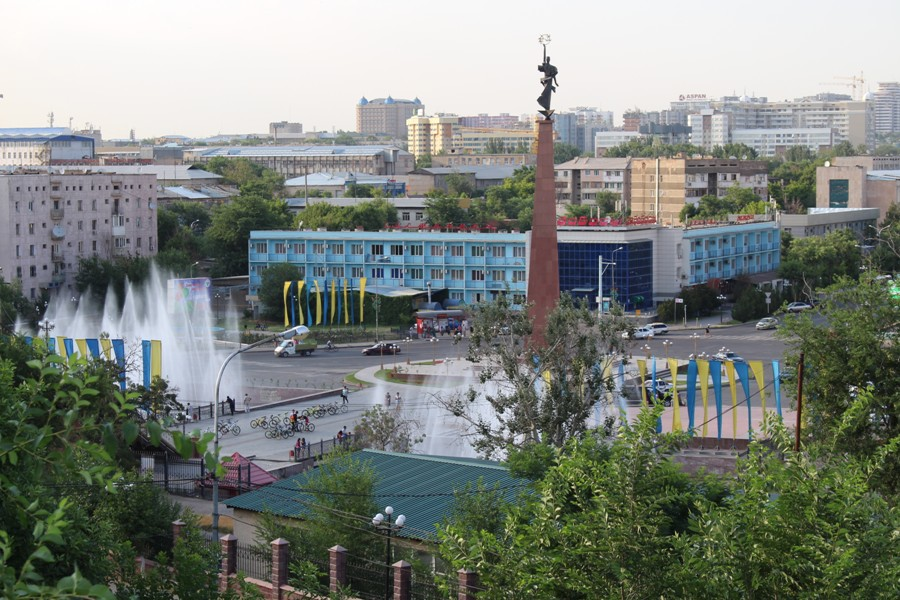 Далекий, но душевный Казахстан. 7 стран и 10 000 км автостопом.