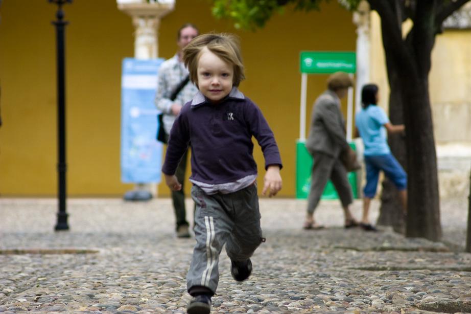 Андалузия общественным транспортом с 2-х летним ребенком