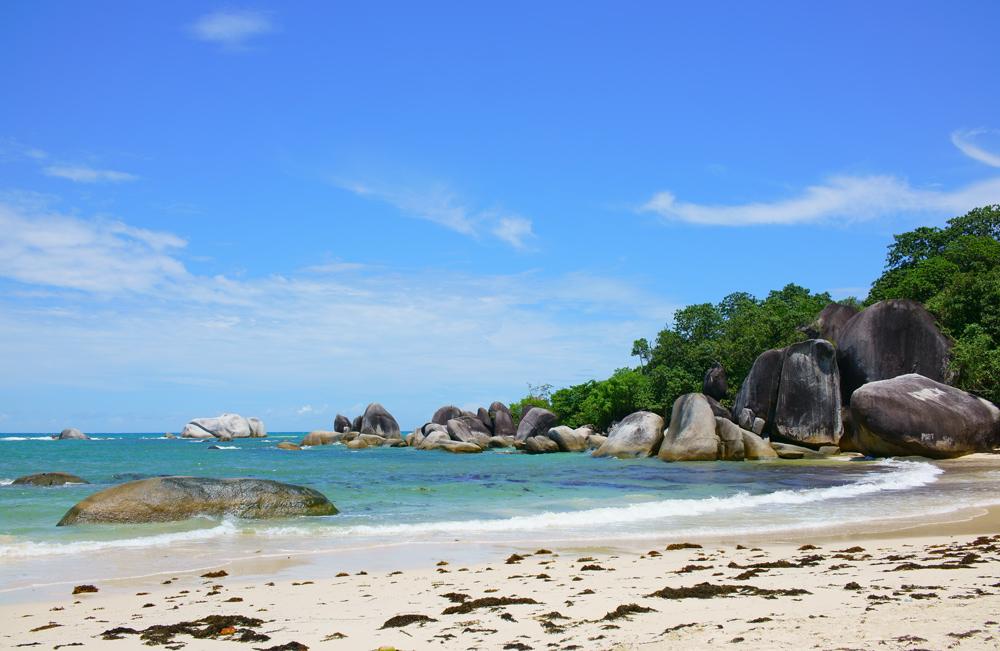 Остров Белитунг Индонезия: как добраться, пляжи, отзывы