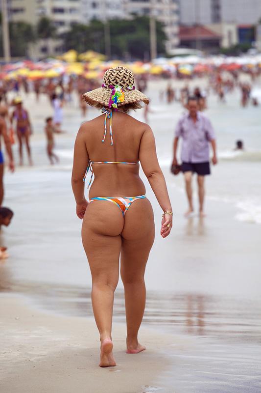 фото бразильские девушки на пляже