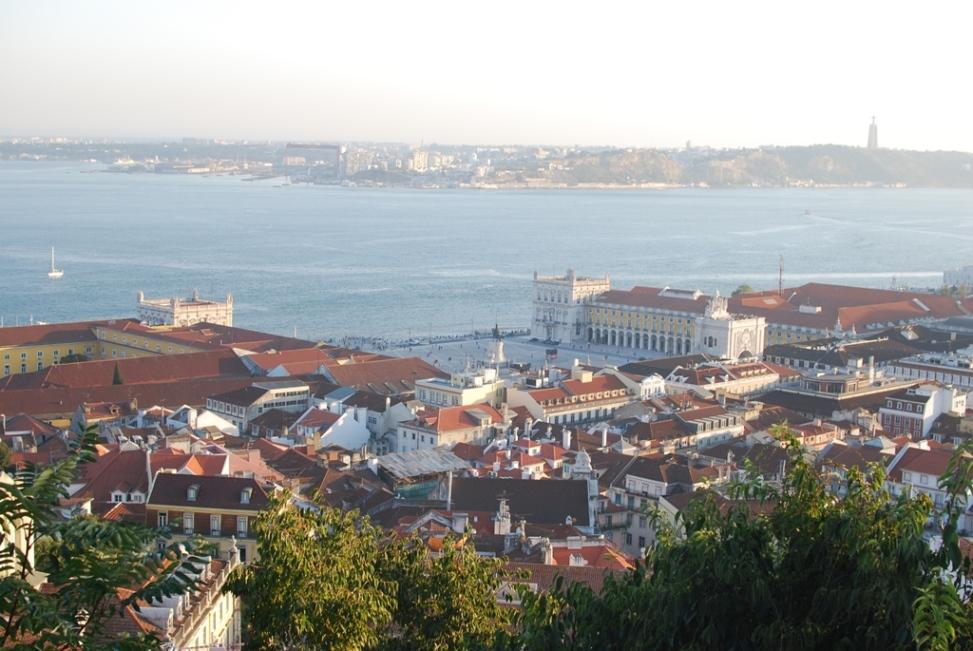 Peninsula Nizza Monferrato and Portugal