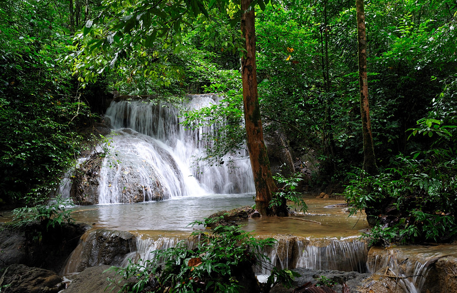 Юго-восток Сулавеси: Кендари, Раха, Бау Бау.