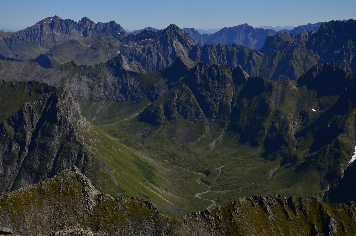 Я пойду в Высоту сквозь молчание скал (прогулки по горам в Стрине, Орсте, Ондалснесе, Йотунхеймене)
