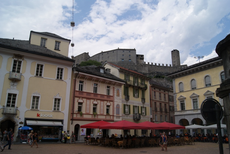 Если Вам по пути. Беллинцона - город замков. (Швейцария)
