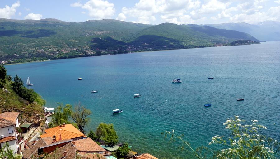 Албания май 2018 - окрасим зеленым последнее белое пятно