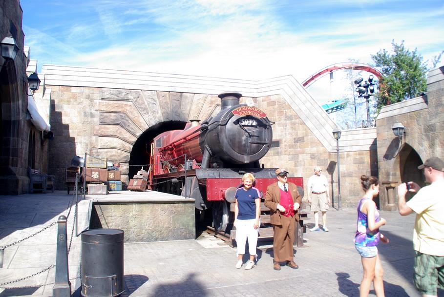 Орландо, парк Universal Island of Adventure. Замок Гарри Поттера