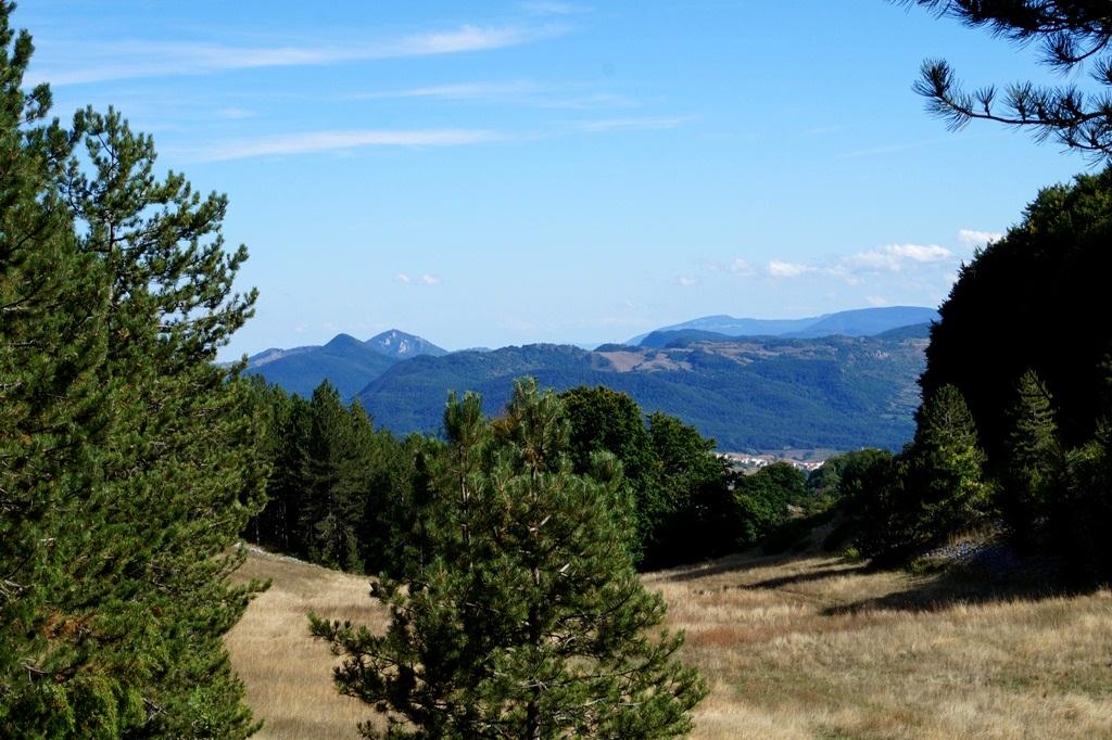 """2017,сен. Terra incognita: Молизе, о.Тремити, Абруццо (парк Majella). Обломы и восторги, горы и море, самниты и вертолеты. """"Черви"""" и их amorе."""