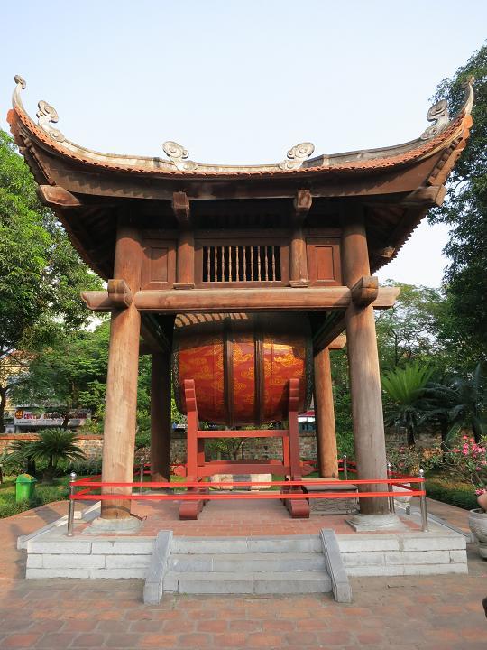 """По стране пионеров, драконов и """"эконизмов"""") Хошимин-дельта-ХойАн-Хюэ-Ханой-Халонг-Сапа."""