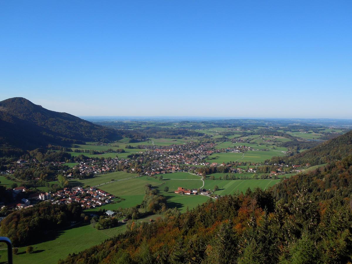 2018, окт. Маленькая Бавария: золотая осень в Кимгау (спонтанные 4 дня вокруг Ашау -2 подъемника, 2 озера). На закуску - Фрайзинг и Ландсхут. Без а/м.