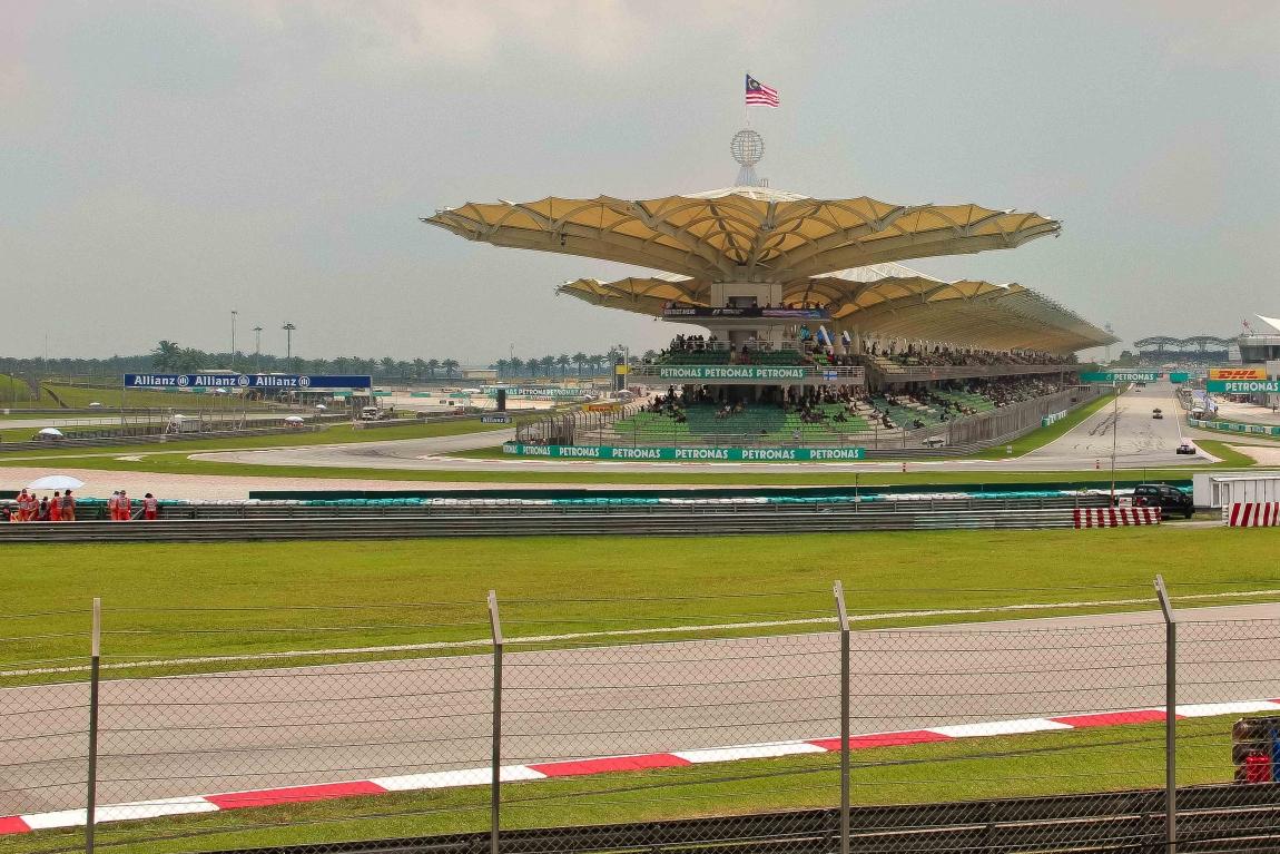 Экклстоун: Гран-при Малайзии 2 16 года переносится на