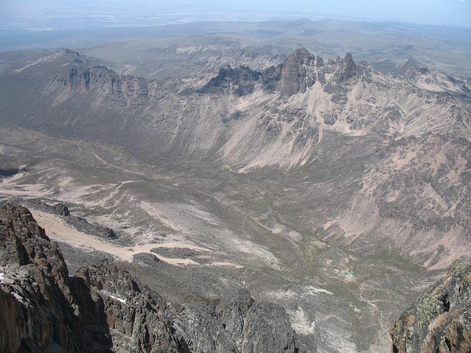 Кения. Попытка взобраться на гору. Декабрь 2012 года.