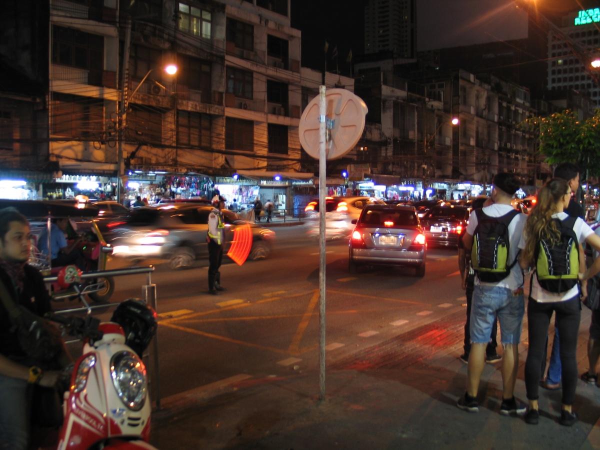 Ночные бабочки на ночь Торговый пер. путаны по вызову Малая Карпатская ул.