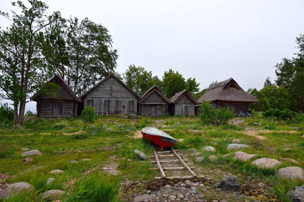 очаровательная деревенские дома в прибалтике фото для мальчика это