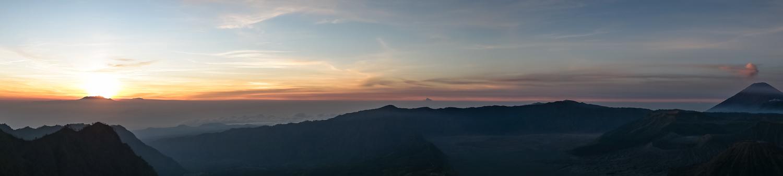 Ява и Комодо: Прамбанан, Боробудур, Мерапи, Тенгер, Иджен, Падар и вараны. Фотоотчет