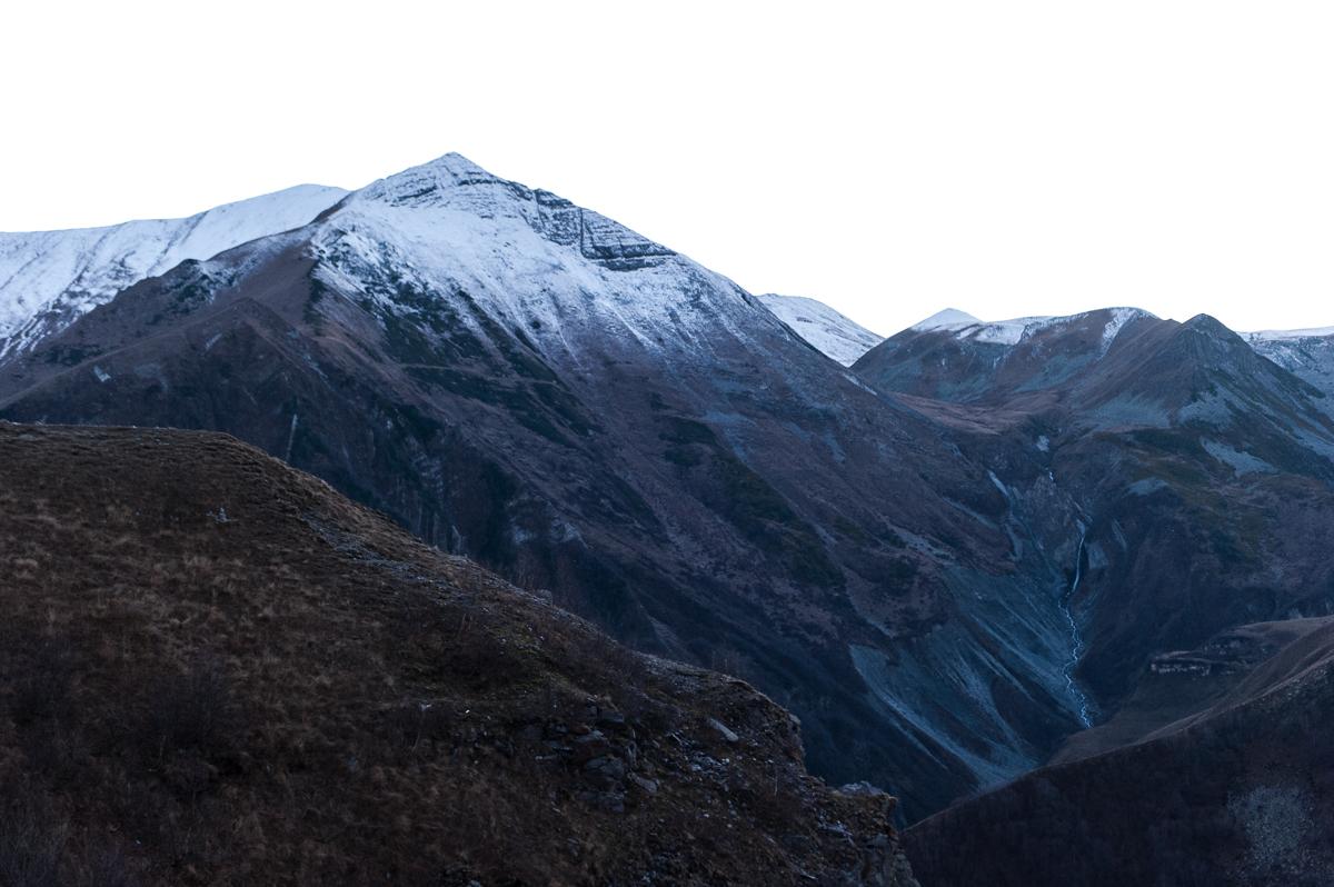 Видео, фото и комментарии о природе и заведениях в Грузии.