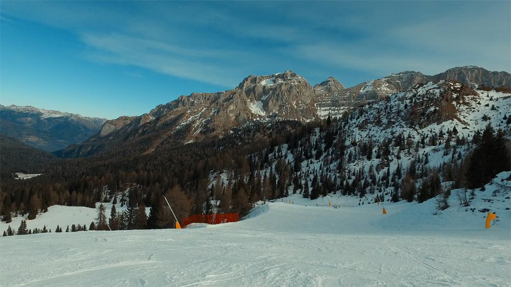 Ортизеи и Мадонна-ди-Кампильо, Италия в феврале : отзыв о каталке