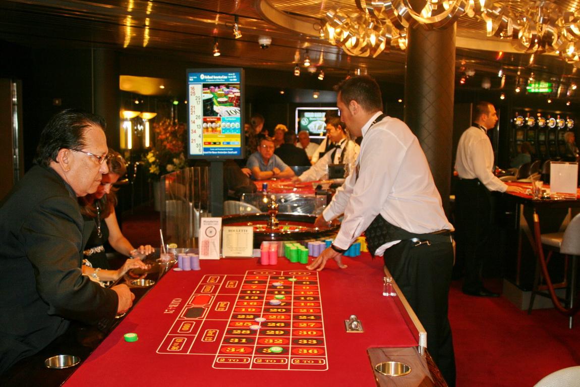 работа официантом в казино