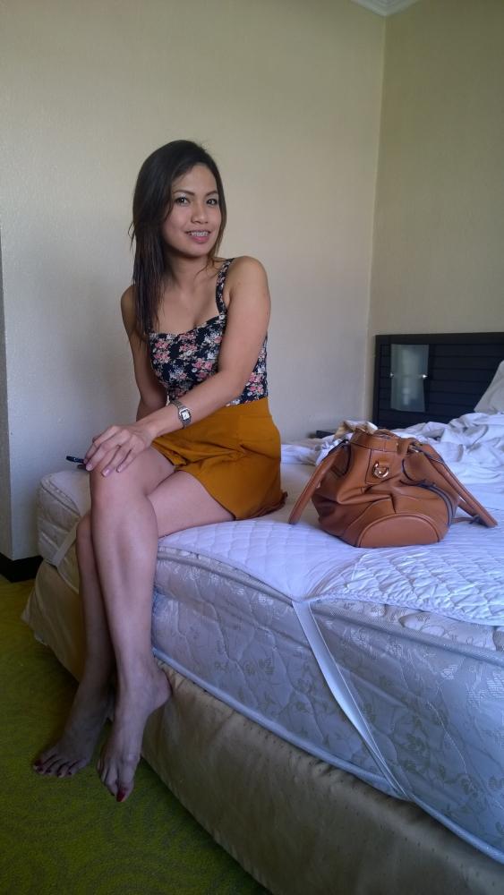 голая девочка филиппинка