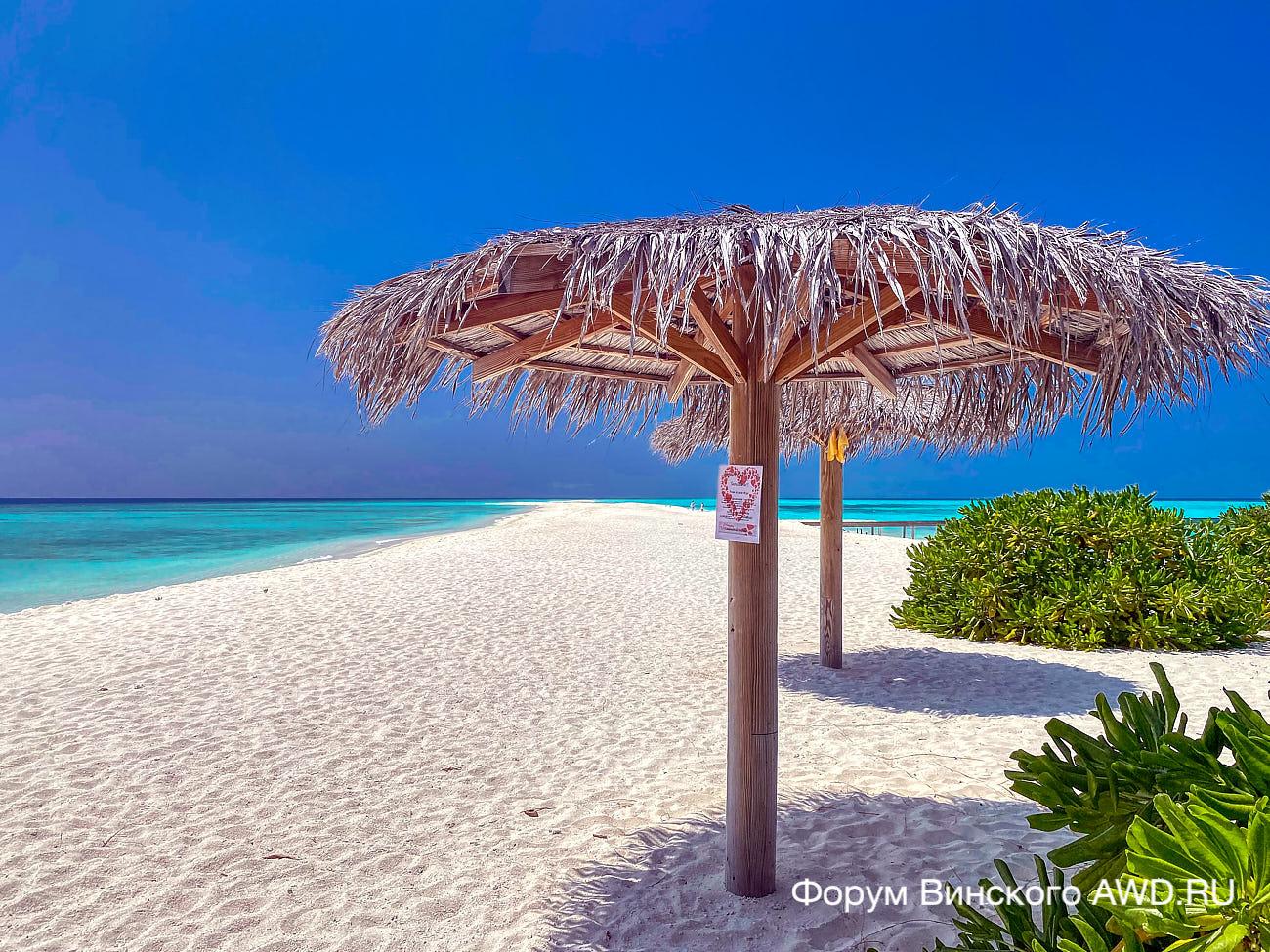 День святого Валентина на Мальдивах 2021: Makunudu и Kuramathi