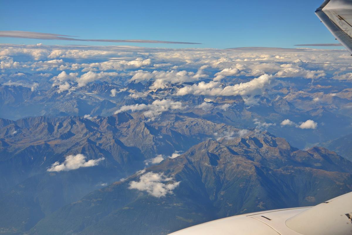 Доломиты. Небо в самолётах. (Озёра, ферраты и немного вылазок в сторону Гарды)
