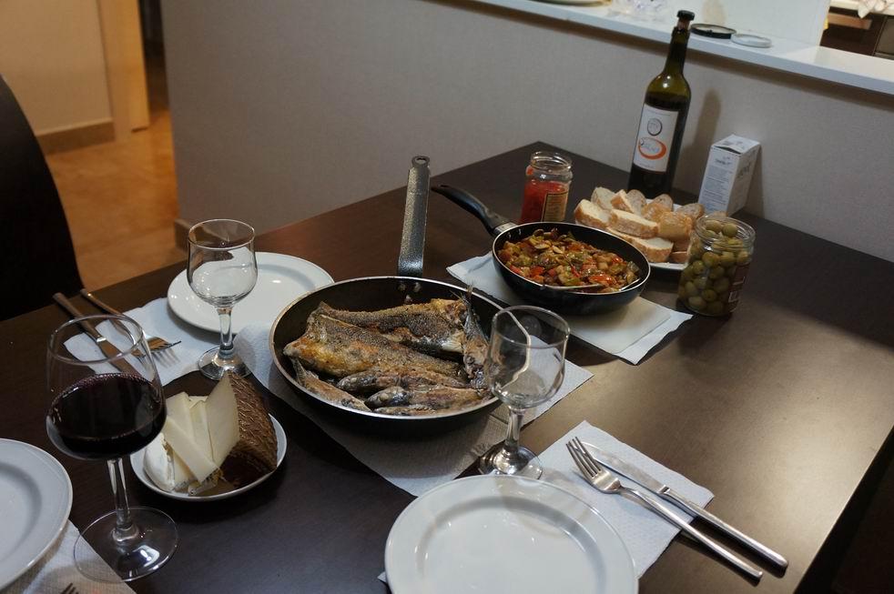 Набор сковородок и Сегорве [Valencia, Murcia, Orihuela, Lorca, Segorbe  и другие]