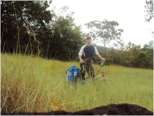 Старуха на велосипеде на седле хуй фото 338-97