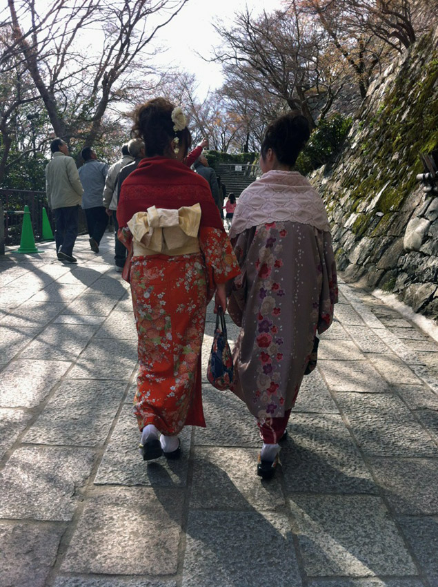знакомство с иностранцем япония