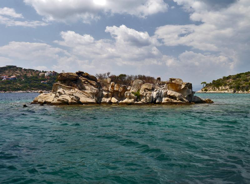 Аренда катера, моторной лодки в Вурвуру, Ситония. Халкидики