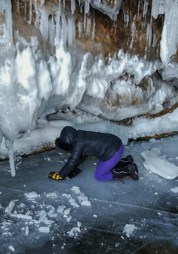 Зебра, гвоздики, ленты, пузырьки, наплески — уникальный лед Байкала.