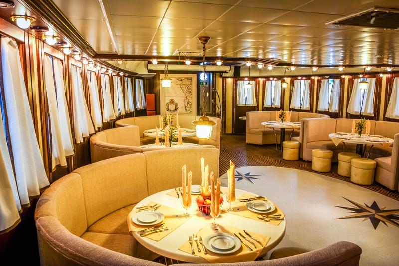 снимки картинки ресторанов на корабле панели отлично справляются